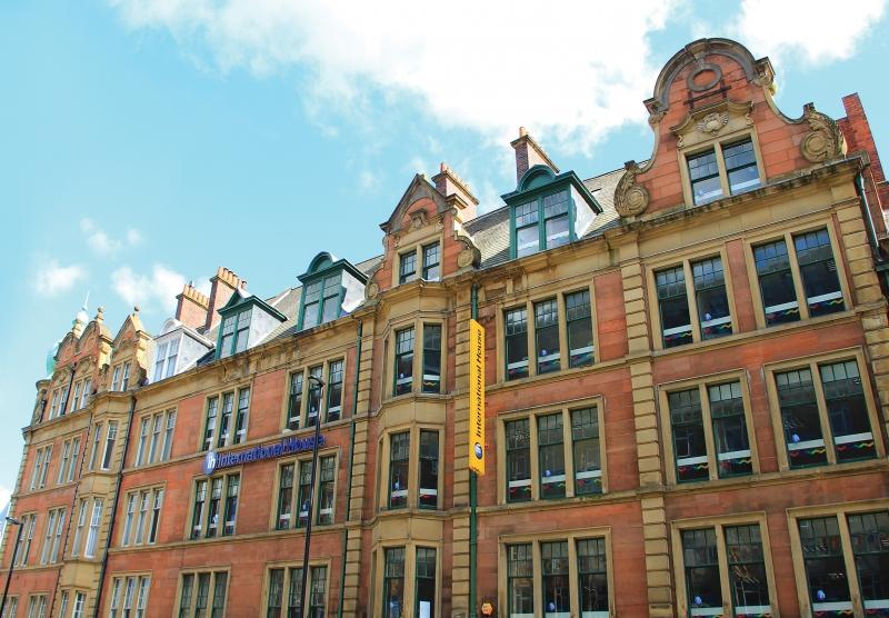 Newcastle scuola