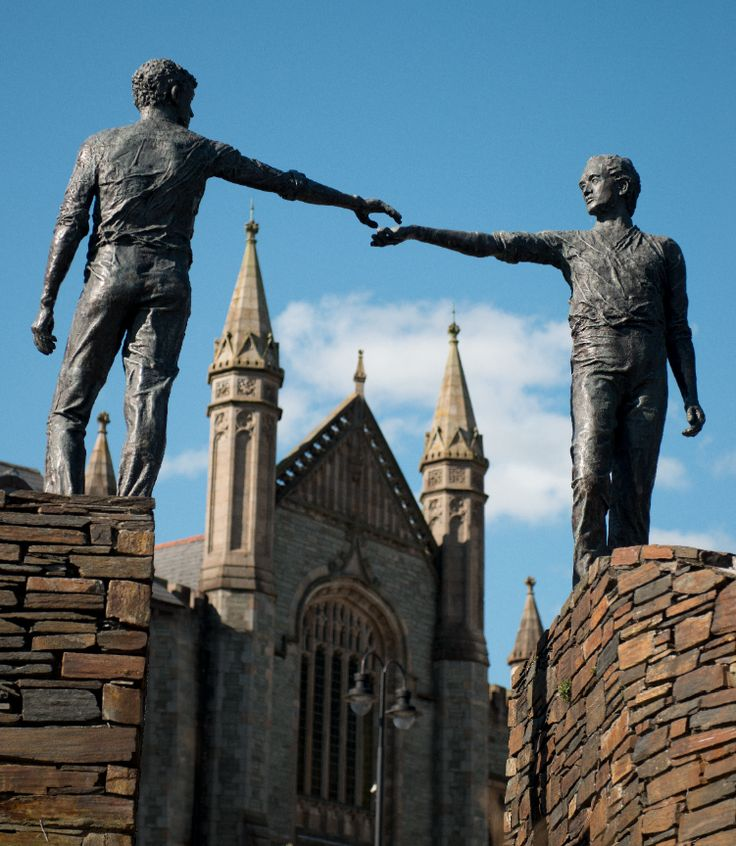 Derry statua